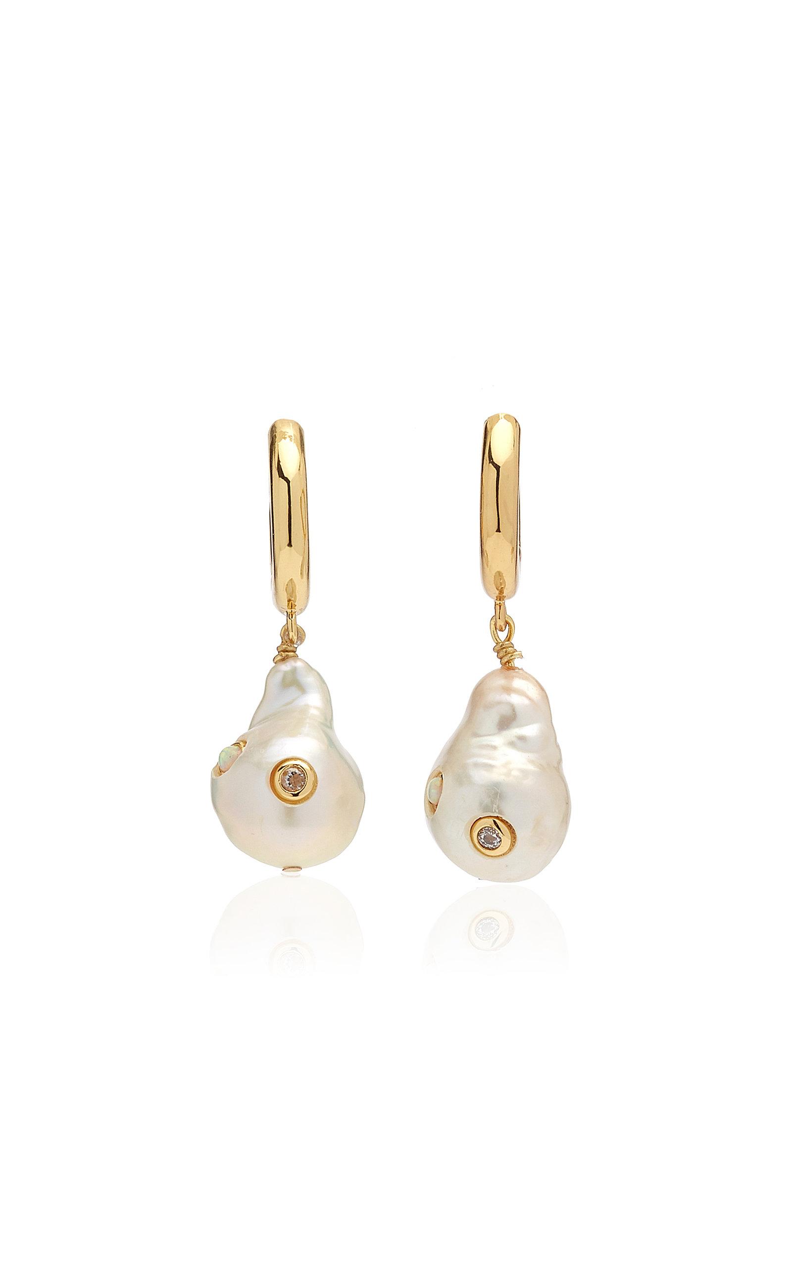 Women's Gertrude Pearl Hoop Earrings